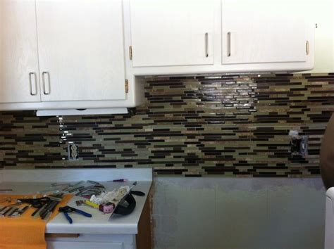 grouting tile backsplash in kitchen best 25 grout colors ideas on tile grout 6971