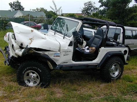 cute white jeep image gallery wrecked jeep