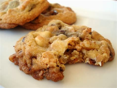 kitchen sink bars recipe desserts cookies bars and brownies recipes 5639