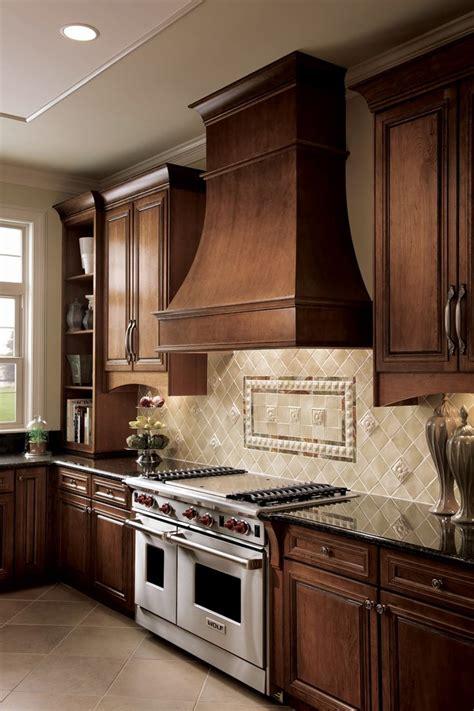 kraftmaid kitchen cabinets catalog 10 images about muebles de cocina kraftmaid on 6718