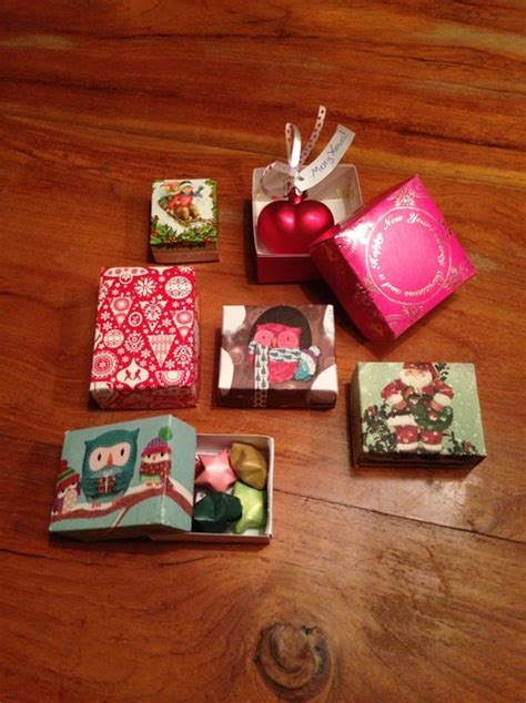 how to make cute christmas gift boxes snapguide