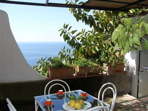 Appartamento Costiera Amalfitana by Appartamento Ludovica Meta Romantica Per Coppie Sulla