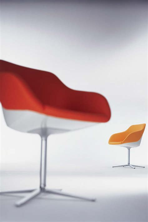 turtle chair by pearsonlloyd for walter knoll