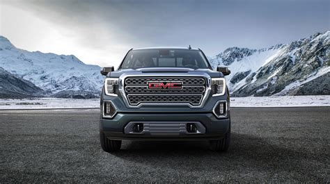 GMC 2019 : New, 2019 Gmc Sierra Ups The Tech, Moves Further From