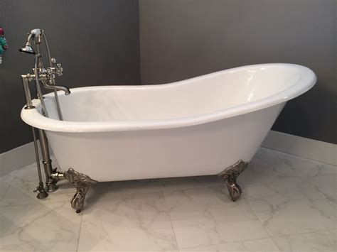 buy   cast iron clawfoot bathtub