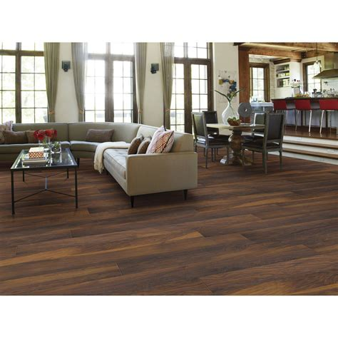 Flooring & Rugs: Excellent Shaw Laminate Flooring For Home