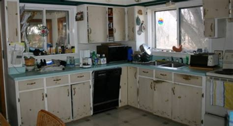 poor kitchen design homebuyers put by poor tacky bathrooms and 1574