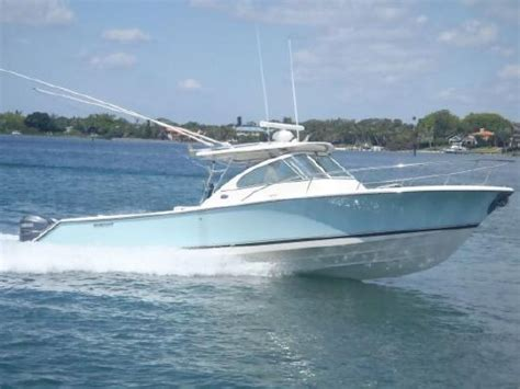 Boating Magazine 2007 Boat Of The Year by 2006 Pursuit Drummond Island Express Boats Yachts For Sale
