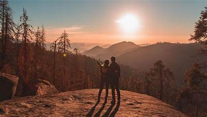 Couple Travel Mountains Sunset Sequoia National Park