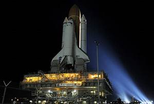 Space Shuttle Discovery prepares for final flight ...