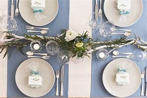 Tischdeko Blau Weiß : diy ideen f r die hochzeits tischdeko mit anemonen blau und wei ~ Markanthonyermac.com Haus und Dekorationen