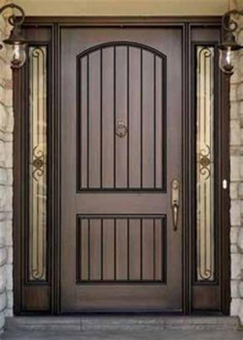 front door    gate  home