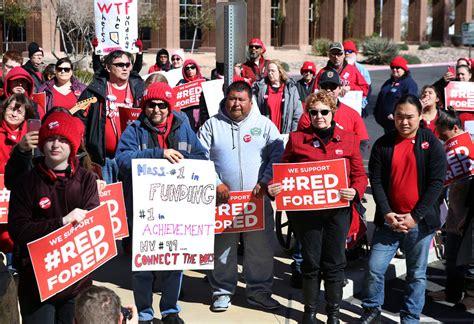 teachers union wary  protesting democrats  education