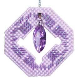 plastic canvas free pattern tiny trinkets christmas ornament kraftykatsblog