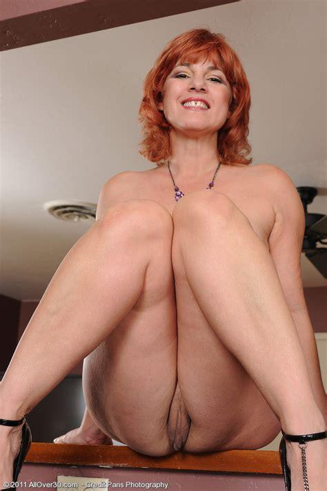 Edheaded 52 Year Old Milf Calliste Strips Off Her Elegant