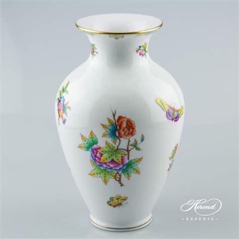 Vase   Queen Victoria   Herend Experts