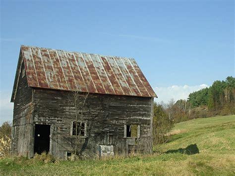 Old Farm Buildings Wallpaper