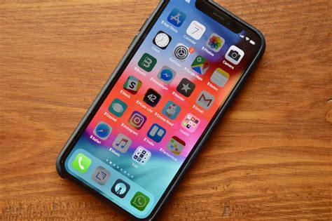 jailbreak   ios  system    apple iphone xs