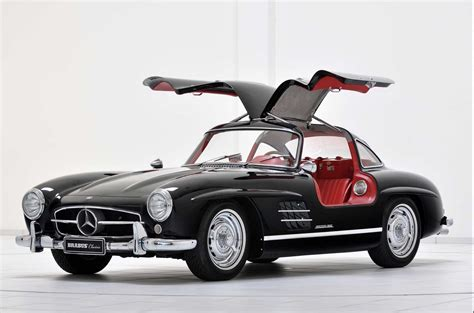 Cars With Gullwing Doors :  Why Gull Wing Doors Are The Best