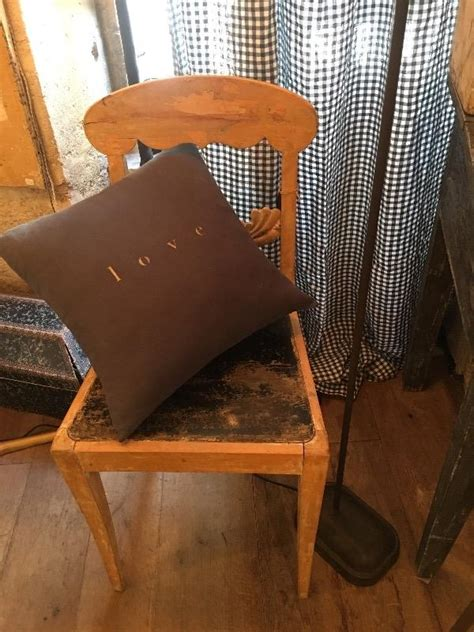 Chaises Suedoises by Chaises Suedoises Chaises Suedoises With Chaises