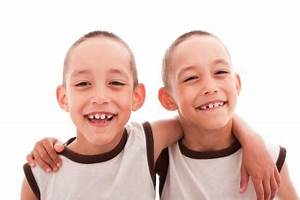 Six Tips for Parenting Identical Twins   LoveToKnow