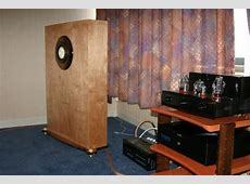 Venus HiFi Room Cain & Cain speakers with Melody 300B