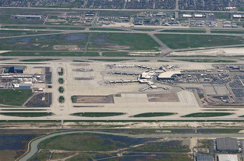 File:Salt Lake City International Airport SLC.jpg ...