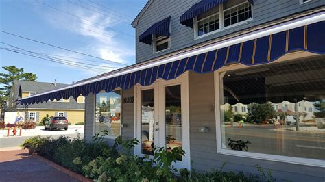 types  window awnings   benefits mental itch