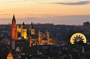 Maastricht Wallpaper WeNeedFun