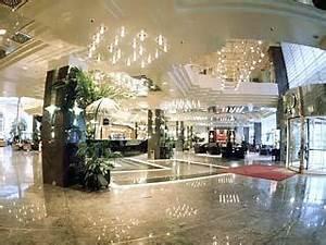 Grand Tower Frankfurt Preise : arabella sheraton grand hotel luxus hotel in frankfurt am main hessen deutschland preise ~ Frokenaadalensverden.com Haus und Dekorationen