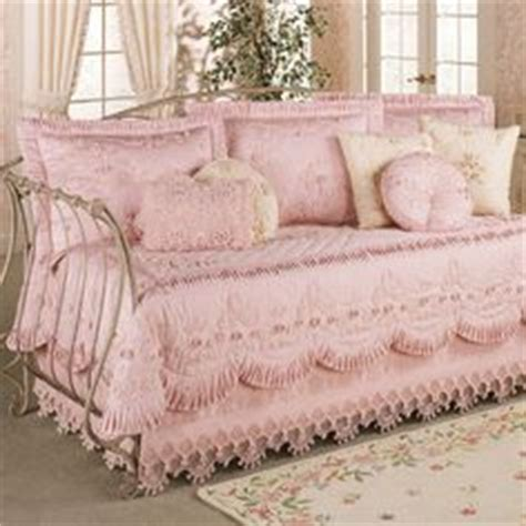 shabby chic bedding for daybed 1000 images about favorite bedding collections on pinterest simply shabby chic comforter
