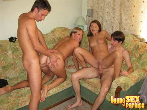 Family Crack Boy And Ladies Showing Porn Images For Czech Nudist Family Fucking Orgy