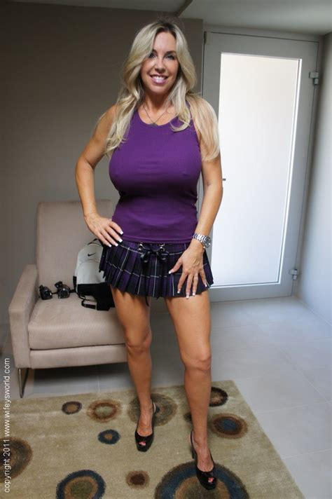 Raunchy Busty Milf In Mini Skirt Wifey Makes Some Sexy