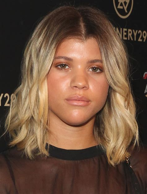 sofia richie medium wavy cut sofia richie hair  stylebistro