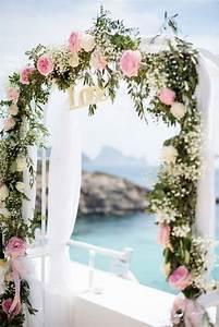 arche mariage 35 belles idees a decouvrir pour un With chambre bébé design avec fleurs pour un mariage