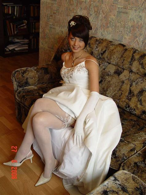 Real Amateur Public Candid Upskirt Picture Sex Gallery Naughty Brides Upskirt Photos