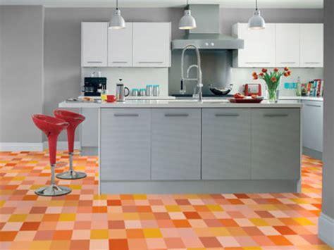 sol vinyle pour cuisine cuisine quel sol choisir femme actuelle