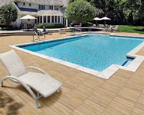 terrasse piscine carrelage imitation bois