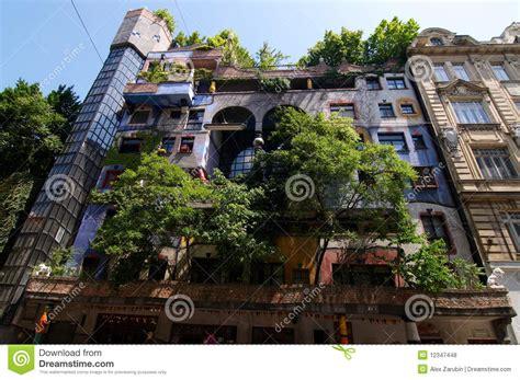 Günstige Wohnung Mit Garten Wien by Hundertwasser Wohnung Haus Stockfoto Bild