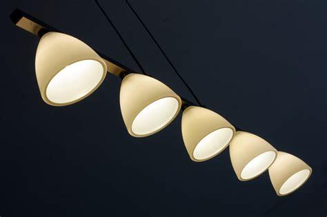 comment poser des spots au plafond poser des spots lumineux au plafond