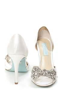 wedding shoes with bows betsey johnson sb gown ivory satin rhinestone bow peep toe heels 2172631 weddbook