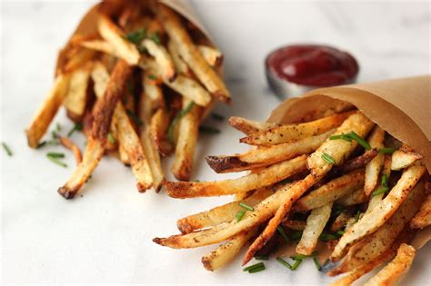 how to make crispy fries delicious oven baked french fries crispy seasoned fries w garlic aioli