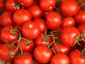 Grüne Tomaten Nachreifen : trick hat funktioniert gr ne tomaten werden schneller rot ~ Lizthompson.info Haus und Dekorationen