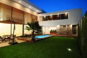 home design articles a few handy modern backyard design tips interior design inspirations and articles