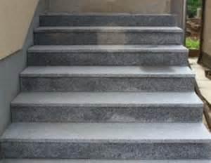 granitplatten treppe treppe mit granitplatten belegen bauanleitung zum selber bauen
