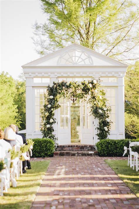 perfect wedding venues  memphis brides