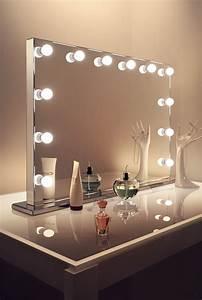 Spiegel Mit Glühbirnen Ikea : hollywood schminkspiegel hause deko ideen ~ Michelbontemps.com Haus und Dekorationen