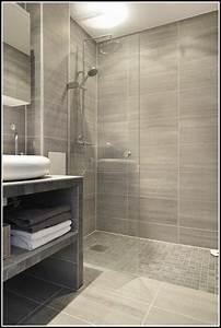 Kleines Badezimmer Fliesen Ideen : fliesen kleines badezimmer ideen ~ Sanjose-hotels-ca.com Haus und Dekorationen