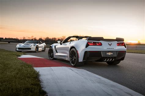 chevy vehicles 2018 2018 chevrolet corvette reviews and rating motor trend