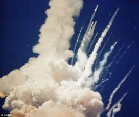 Space Shuttle Challenger Explodes - Pics about space